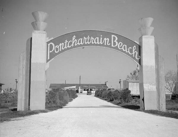 1928 The first Pontchartrain Beach was at Spanish Fort